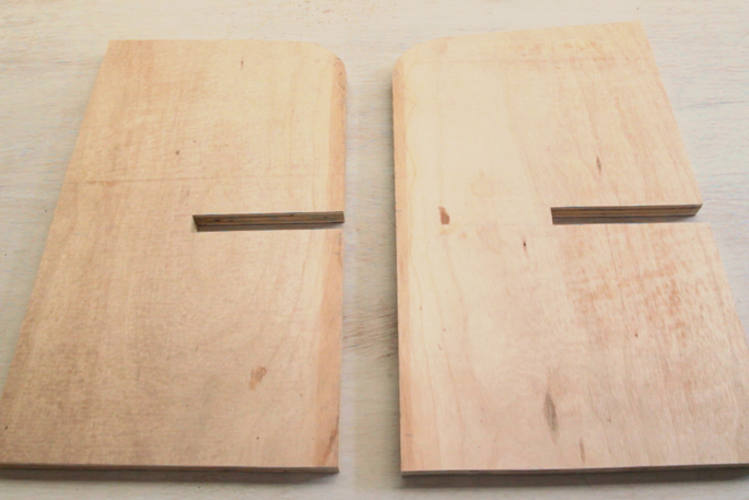 DIY Plywood Magazine Stand - Step #7 The two boards