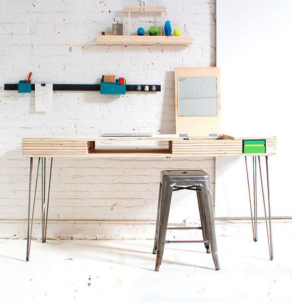 One Day Builds: 9 Simple and Easy DIY Projects Using Hairpin Legs: #7 The flip hairpin leg desk