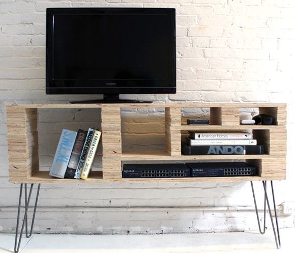 One Day Builds: 9 Simple and Easy DIY Projects Using Hairpin Legs: #8 The media console