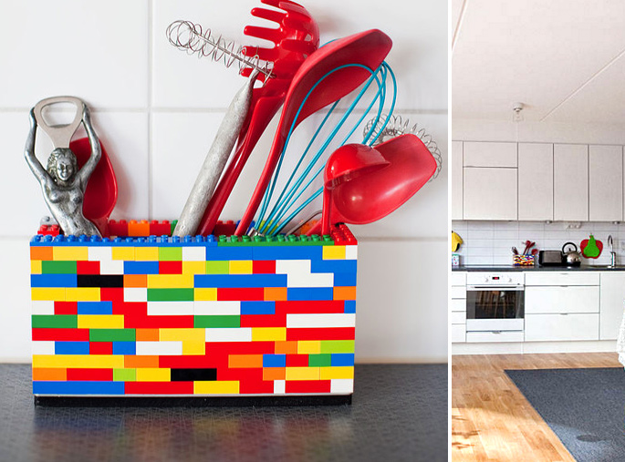 21 Insanely Cool DIY LEGO Furniture and Home Decor Creations: #8 Kitchen Utensil Holder