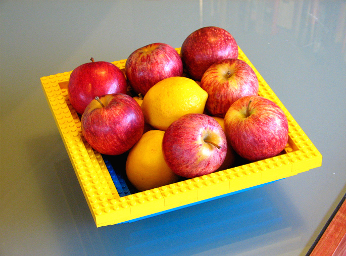 21 Insanely Cool DIY LEGO Furniture and Home Decor Creations: #9 The LEGO fruit tray