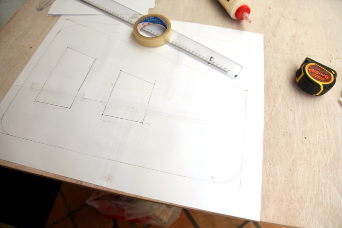 Adam Savage DIY Tool Caddy - Mini Desktop Version: Step 1 Drawing out the template