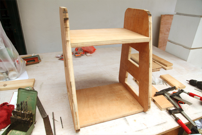 Adam Savage DIY Tool Caddy - Mini Desktop Version: Step 4 Assembling the base and top