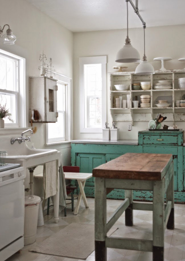 : Before and After: Shabby Chic to Modern Vintage Kitchen Makeover - Shabby chic kitchen before the makeover