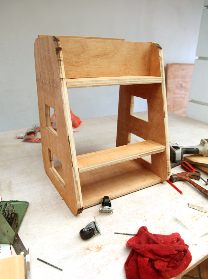 Adam Savage DIY Tool Caddy - Mini Desktop Version: Step 4 Customizing