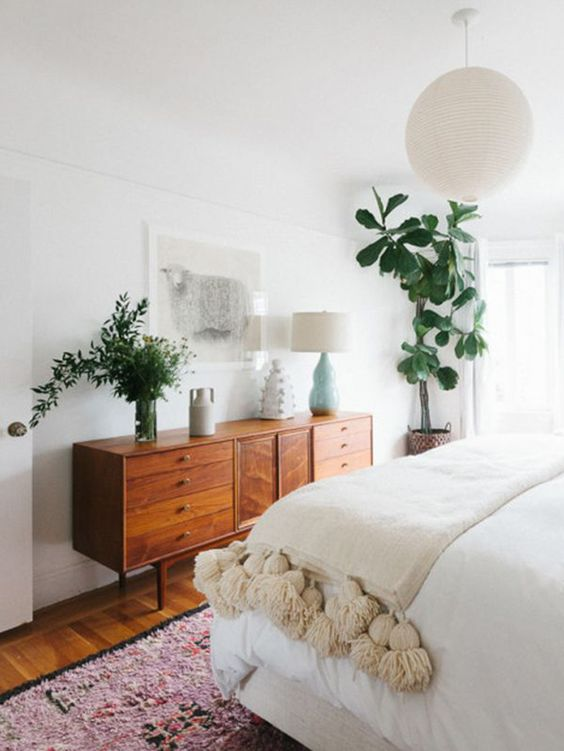 Styling Your Space: Vintage Bedroom Furniture Ideas | Home Tree Atlas