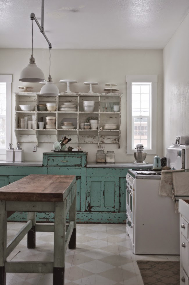 Before and After: Shabby Chic to Modern Vintage Kitchen Makeover - Shabby chic kitchen before the makeover