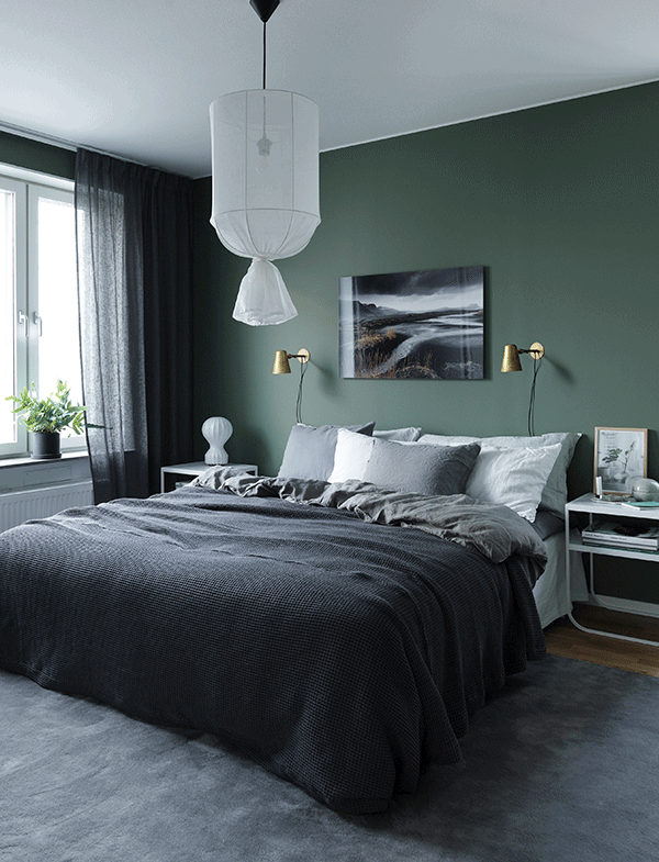 Green bedroom walls