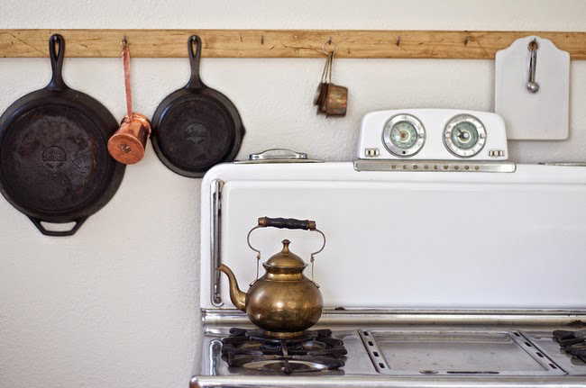 Before and After: Shabby Chic to Modern Vintage Kitchen Makeover - Cooker rack