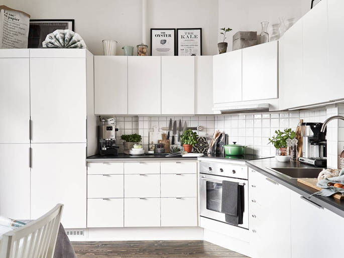 PASSPORT: Scandinavian Hardwood Floor Apartment Tour - Kitchen