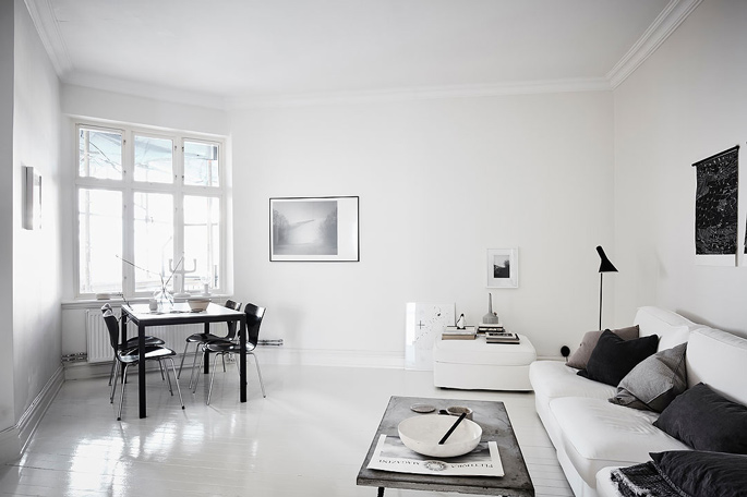 PASSPORT: 32B Scandinavian Apartment Tour, Goteborg, Sweden - Black and White Living Room