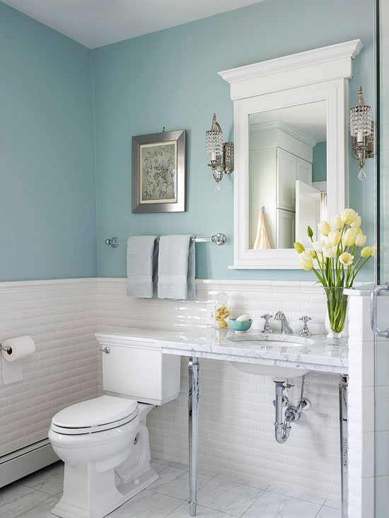Blue bathroom ideas and decor tips